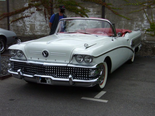 Buick Special Convertible Series Special on 1960 Buick Lesabre 4 Door